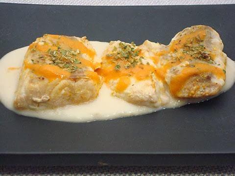 Pesce angelo (gallinella) su crema di fagioli cannellini