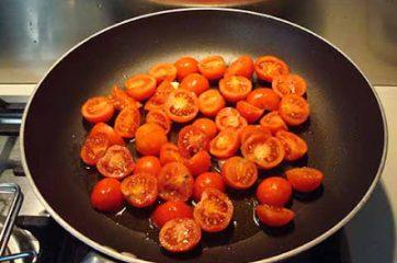 Pasta con i pomodori da pendola 3
