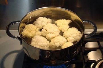 Pasta cavolfiore e acciughe 1