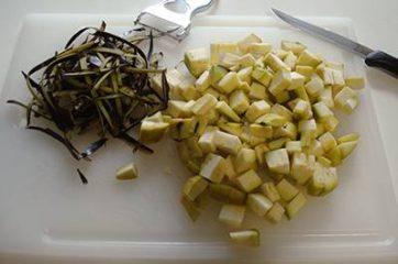 Pasta melanzane, pomodorini e bufala 1