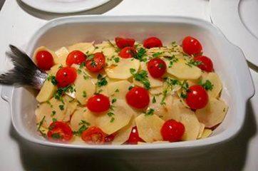 Orata al forno con patate e pomodorini 8