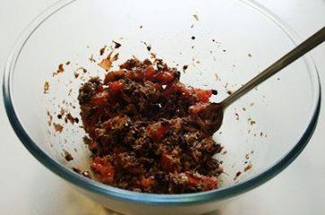 Pasta con tonno olive e capperi 6