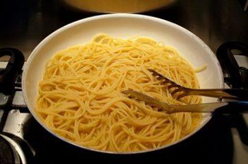 Spaghetti con le vongole 7