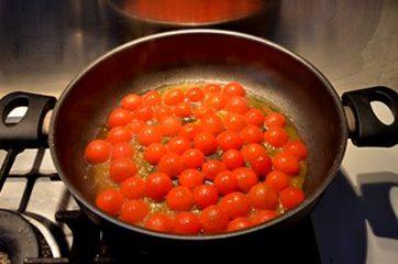 Pasta con pesce spada e pomodorini 4