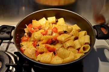 Pasta con pesce spada e pomodorini 6