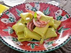 Pasta con totani e crema di zucchine