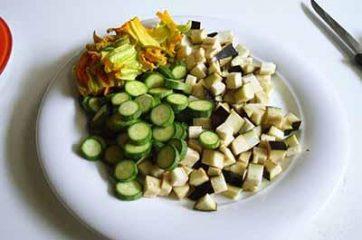 Insalata di farro con melanzane e zucchine 1