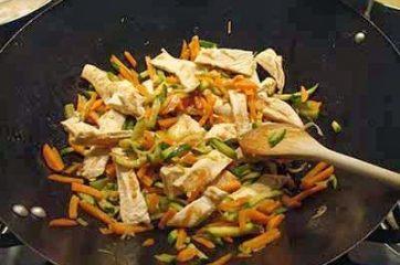 Petti di pollo con verdure 10