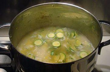 Vellutata di patate e zucchine 7