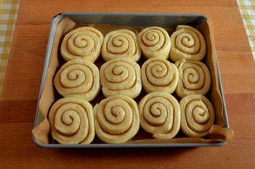 Cinnamon rolls 12
