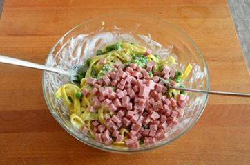 Pasta piselli e prosciutto al forno 10