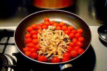 Pasta sgombro e pomodorini 3