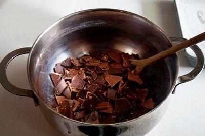 Barrette al riso soffiato e cioccolato la ricetta della - Bagno di cioccolato ...