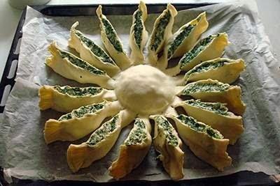 Torta fiore di ricotta e spinaci 8