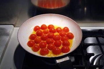 Pasta con melanzane pomodorini e tonno 6
