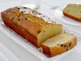 Plumcake salato con emmenthal e prosciutto cotto