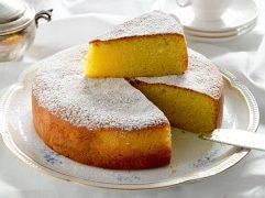 Torta al latte caldo (hot milk cake)