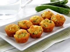 Muffin zucchine e acciughe