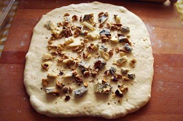 Ciambella gorgonzola e noci 10