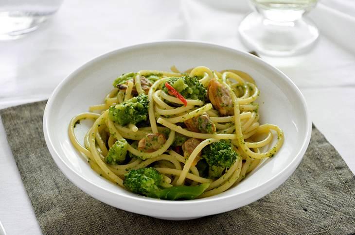 Pasta broccoli e vongole