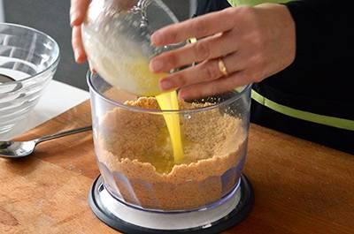 Procedimento Cheesecake al cioccolato - Passaggio 2