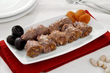 Involtini di carne con frutta secca