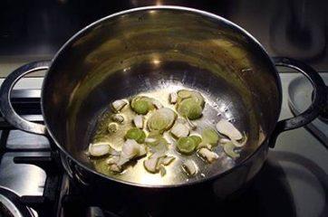Crema di patate con funghi 2