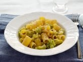 Pasta con broccolo romanesco