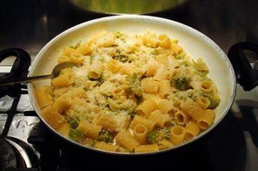 Pasta con broccolo romanesco 4