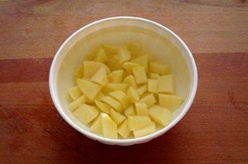 Pollo con patate e olive 1