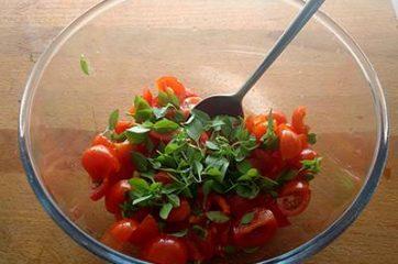 Cous cous con pomodorini feta e olive 2