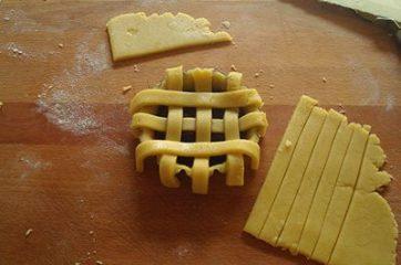 Crostatine alla marmellata con frolla all'olio 6