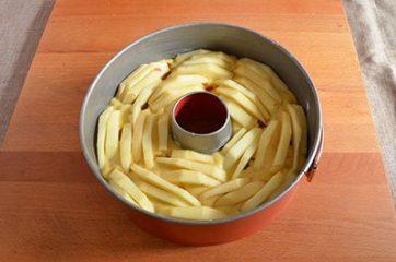 Ciambella con mele e marmellata 6