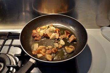Pasta al forno con funghi e fontina 4