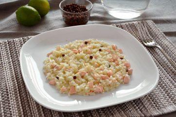 Risotto con salmone, lime e pepe rosa