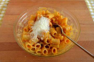 Pasta al forno con zucca e scamorza affumicata 4