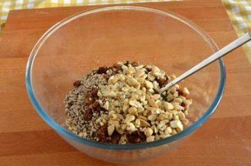 Granola con frutta secca e semi 2