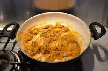 Pasta con crema di zucca e funghi 6