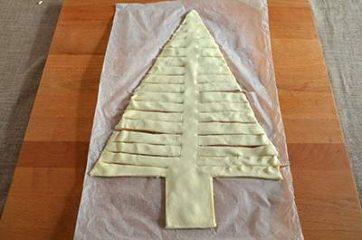 Albero di Natale di pasta sfoglia salato 5