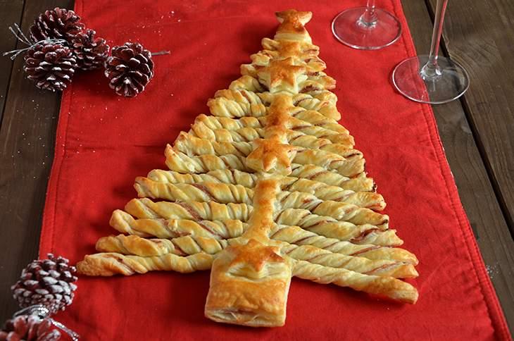 Albero Di Natale Di Pasta Sfoglia Salato.Albero Di Natale Di Pasta Sfoglia Salato La Ricetta Della Cucina Imperfetta