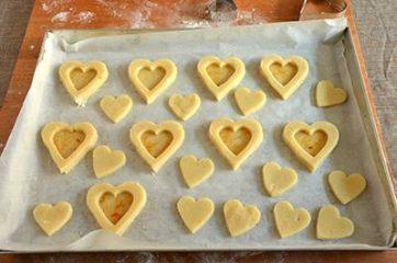 Biscotti a forma di cuore salati 5