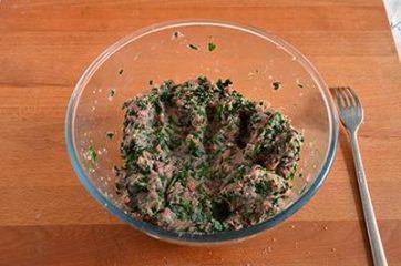 Polpette di carne e spinaci 7