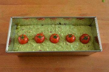 Plumcake con pesto di rucola e pomodorini 7