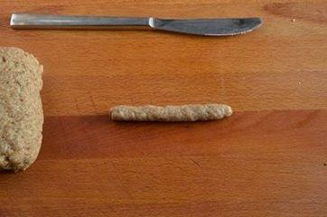 Cordoncino di impasto sulla spianatoia