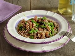 Pasta asparagi e speck