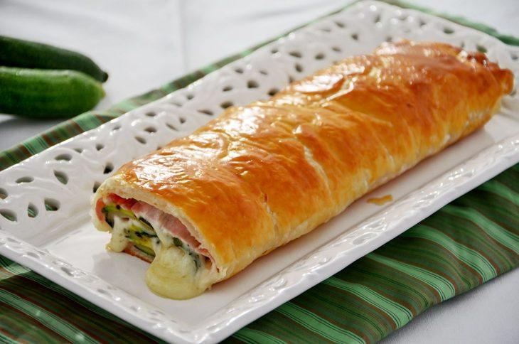 Strudel prosciutto scamorza e zucchine