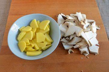Funghi e patate al forno 1