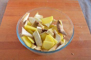 Funghi e patate al forno 3