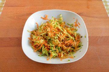Insalata di cereali verdure e ceci 1